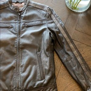 Men's small Danier brown real leather jacket